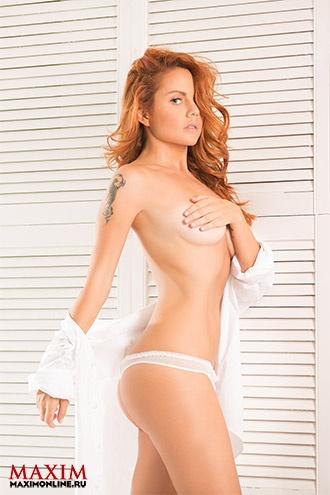 vse-znamenitie-pevitsi-golie