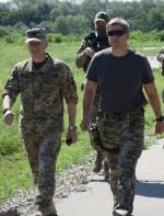 Делегація РНБО на чолі з Данилюком відвідала лінію зіткнення (фото, відео)