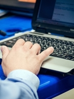 Мінцифра та Міносвіти цього року планують забезпечити ноутбуками понад 60 тисяч вчителів