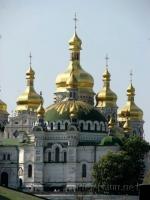 ПЦУ запустила мобільний додаток з молитвами і чатом зі священниками