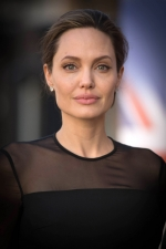 Анджеліна Джолі приголомшила інтимною заявою