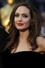 Анджеліна Джолі була госпіталізована