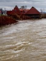 У трьох річках триває підйом води: у ДСНС повідомили про наслідки