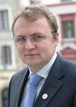 """Садовий заявив, що """"Самопоміч"""" піде на вибори"""