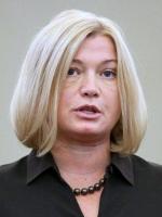 Геращенко подала заяву про звільнення з двох посад