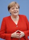 Меркель привітала Гончарука з призначенням прем'єр-міністром і запросила в Берлін
