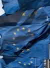 Єврокомісія радить Україні краще боротися з корупцією для продовження безвізу