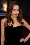 Анджеліна Джолі найняла юриста