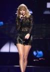 Тейлор Свіфт очолила хіт-парад Billboard з новим альбомом Lover