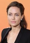 На 15 років молодший: Джолі запідозрили в романі з колишнім Белли Хадід