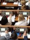Рада попередньо схвалила ідею Зеленського змінити Конституцію і повноваження ВР