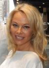 Зірка Playboy Памела Андерсон продала маєток у Малібу та встановила рекорд