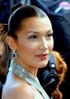 Белла Хадід стала зіркою іспанського Vogue