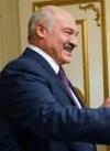 Лукашенко все ще противиться карантину