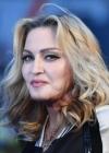 Мадонна зачарувала мережу різдвяним знімком зі своїми дітьми