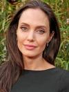 Сальма Гаєк відсвяткувала ювілей з Анджеліною Джолі, яка ткнула її обличчям у торт
