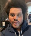 """The Weeknd висміяв надмірне захоплення """"пластикою"""" у новому кліпі"""